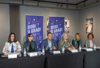 """DOĐI U GRAD - VIENI IN CITTA'!"" VEČERAS STAND UP - STUDIO SMIJEHA"